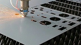 解析激光切割行业情况,执信环保激光切割烟雾过滤器!